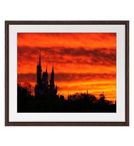 Sunset Over The Castle  アートフレーム:色ブラウン サイズL 651×541mm 【油絵 直筆仕上げ絵画】【軽量フレーム・額表面保護板】 油彩 風景画 オリジナルインテリア絵画 風水画 壁掛け