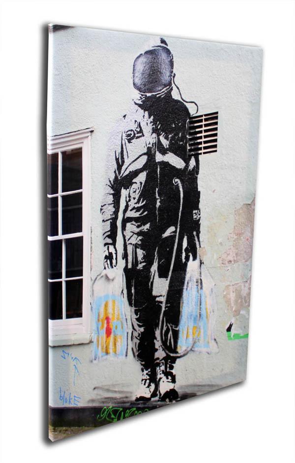 バンクシー「宇宙飛行士のショッピング/Shopping Astronaut」キャンバスジークレ プレゼント ギフト 各種お祝い 誕生日【インテリア】【絵画インテリア】【Banksy】