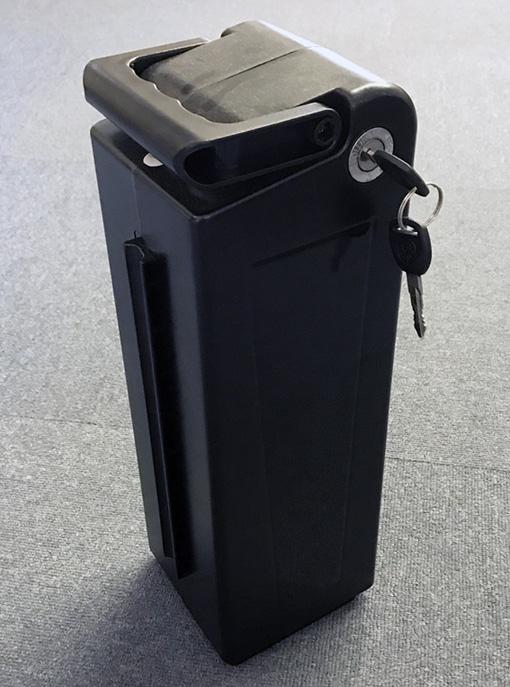 アルザン製 電動機付自転車 E-BIKE20PLUS専用バッテリー 24V版 カラー:黒 12*12*37.5cm