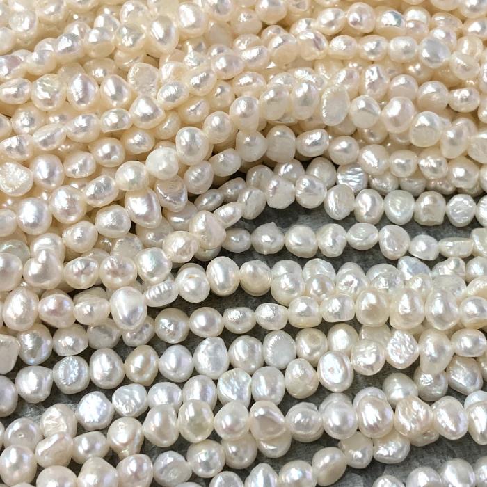 1本 淡水パール ビーズ バロック真珠 5-6mm前後 与え 1連 約66粒前後 資材 卸 パーツ 問屋 超人気 アクセサリー ハンドメイド 素材 手芸 材料