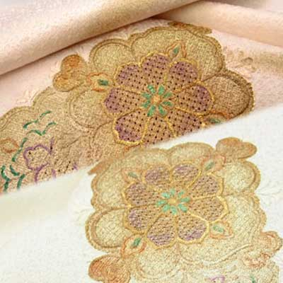 正絹 帯揚 スワトウ刺繍 ピンク 白 和装小物 帯揚げ 帯あげ 正絹 絹 着物 きもの 和装 【1点までメール便可】