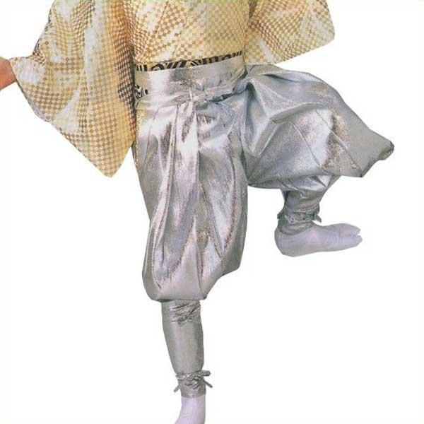 たっつけ袴 銀 (s迎8713) 送料無料 はかま ちゃんちゃんこ 帽子 玉すだれ 舞台 ステージ 衣装 着物 きもの 日舞 日本舞踊 新舞踊 踊り 大道芸 時代劇 舞台 演劇 【お取り寄せ商品】