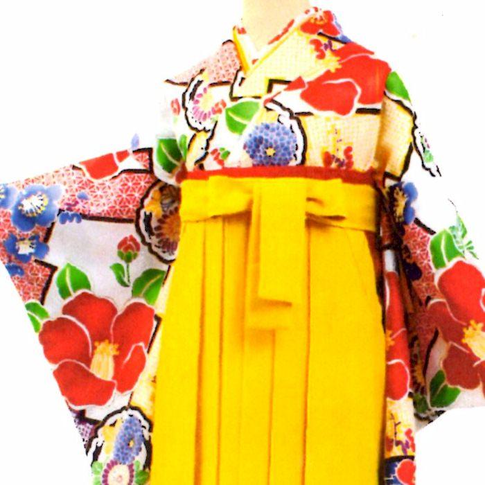 思い出に残る卒業式にしたいから 当店は最高な サービスを提供します 1着でも送料無料 卒業式 二尺袖着物 総柄 白地 椿 着物 レトロ 二尺袖 レディース 和服 女性 きもの 謝恩会