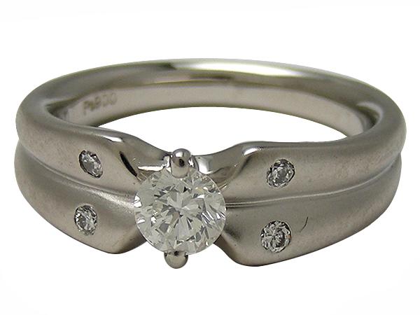 リング 指輪Pt900(プラチナ) ダイヤモンド0.340/0.08ct【実寸】9号 マット 鑑定書【中古】仕上げ済み【送料無料】【質屋出品】