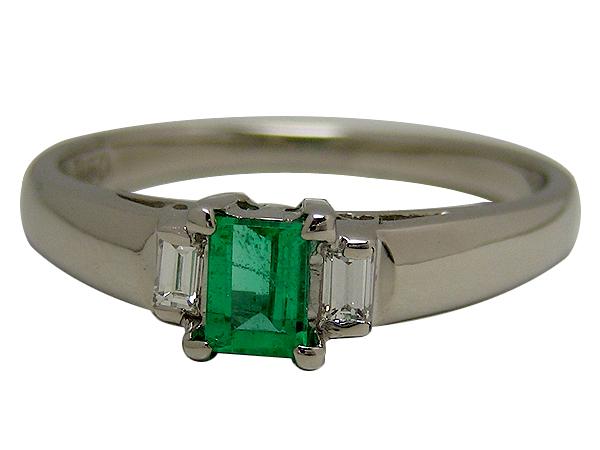 リング 指輪Pt850(プラチナ)エメラルド0.22・ダイヤモンド0.07ct【実寸】9号【中古】仕上げ済み【送料無料】【質屋出品】