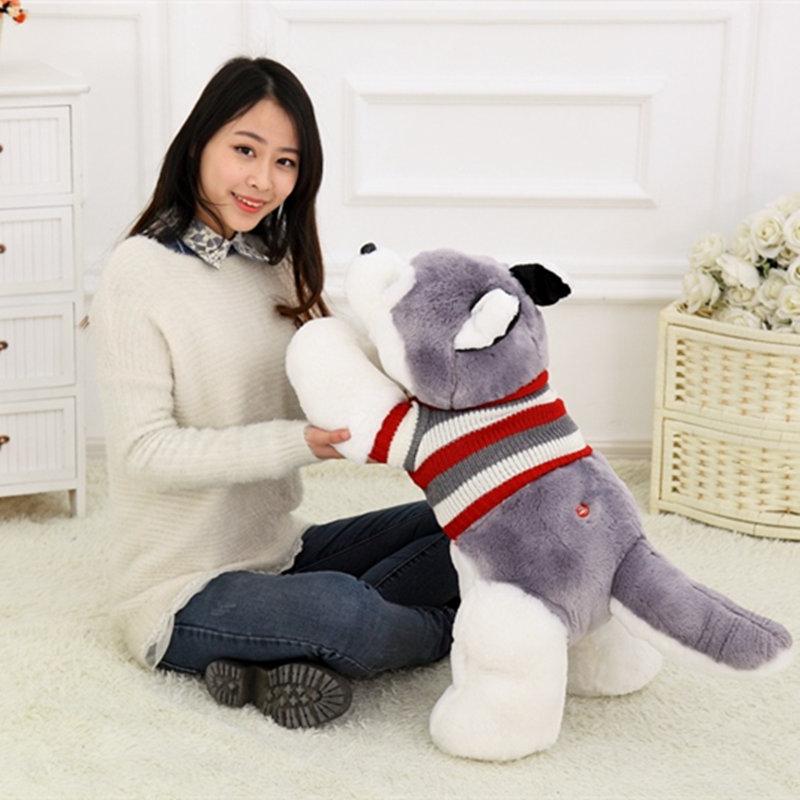 オンライン限定商品 ハスキー犬のアニマルぬいぐるみです こちらの商品は50cmのサイズになります 着後レビューで 送料無料 記念日や小さいお子様のプレゼントにも最適です ハスキー犬のぬいぐるみ セーター付き50CM 可愛いおもちゃ ギフト 贈り物 プレゼント クリスマス 子供