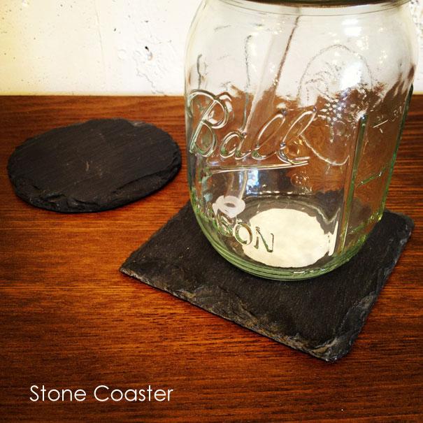 石でできた4個セットのコースター 渋い雰囲気がオシャレ STONE COASTER ストーンコースター 石 丸 円形 ラウンド 四角 正方形 スクエア 無骨 インダストリアル セット アウトドア ブラック 黒 オシャレ おしゃれ