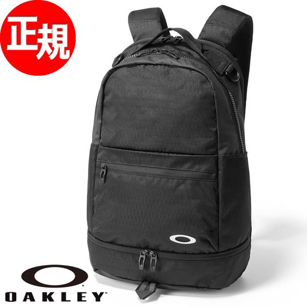 オークリー OAKLEY バックパック ESSENTIAL BACKPACK M 2.0 BLACKOUT 921384-02E【2018 新作】