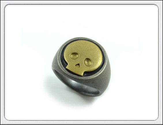 OWL'S(アウルズ)シルバー 925 「ピンキー カレッジリング / スカル」SILVER 925、ブラス / 9号~19号【銀 メンズ レディース アクセサリー ジュエリー ハード ハンドメイド 具象 髑髏 骸骨 指輪】MiddleTYPE2-スカル