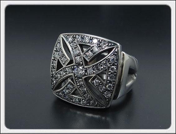 Shin's Sculpture(シンズ スカルプチャー)「Iron S Cross Ring