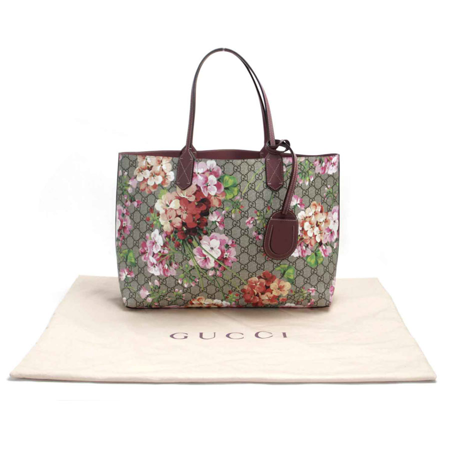 c764ae97d BrandValue: Gucci Gucci shoulder bag tote bag GG bloom antique Rose medium reversible  leather tote bag beige x pink system PVC leather Lady's 368568 new ...