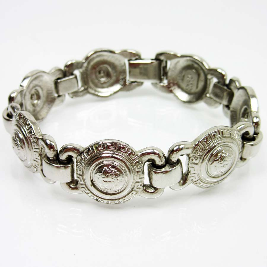 It Is Gianni Versace Bracelet Lady S Silver Metal Material Used Soot