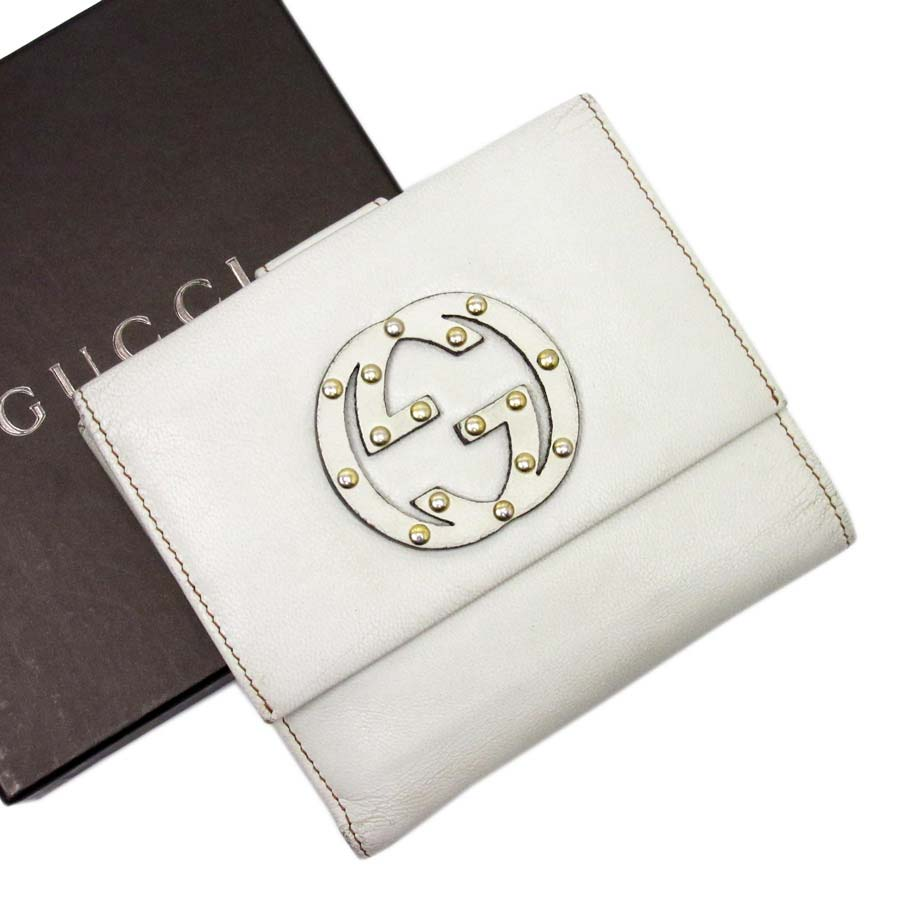 4ea78095b99  used  Gucci  GUCCI  interlocking grip G W hook folio wallet Lady s white  leather constant seller popularity