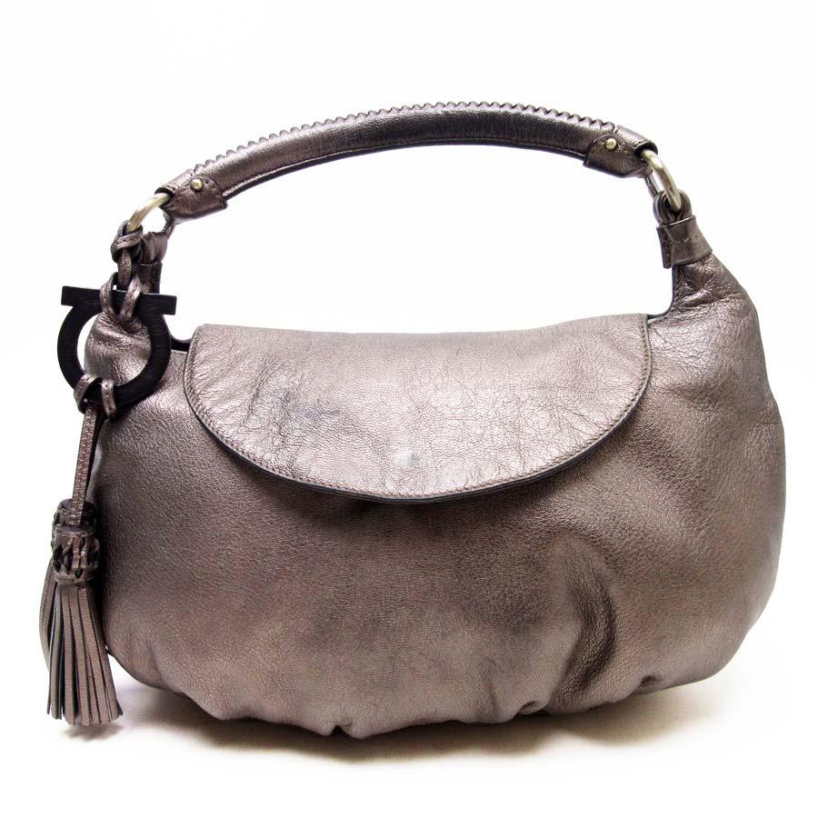 df7758eb5ba0  basic popularity   used  Salvatore Ferragamo  Salvatore Ferragamo  shoulder  bag Lady s bronze leather