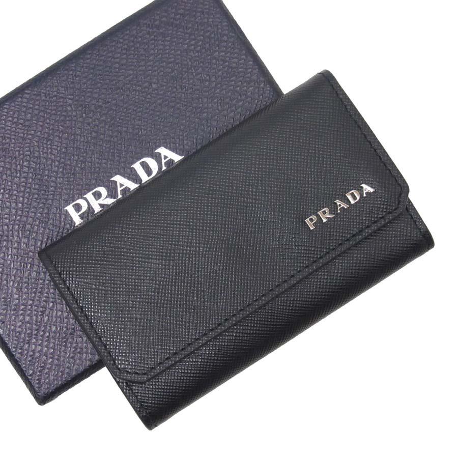 プラダ PRADA 6連キーケース サフィアーノ ブラックxシルバー サフィアーノレザー レディース メンズ 【中古】【定番人気】 - t12571