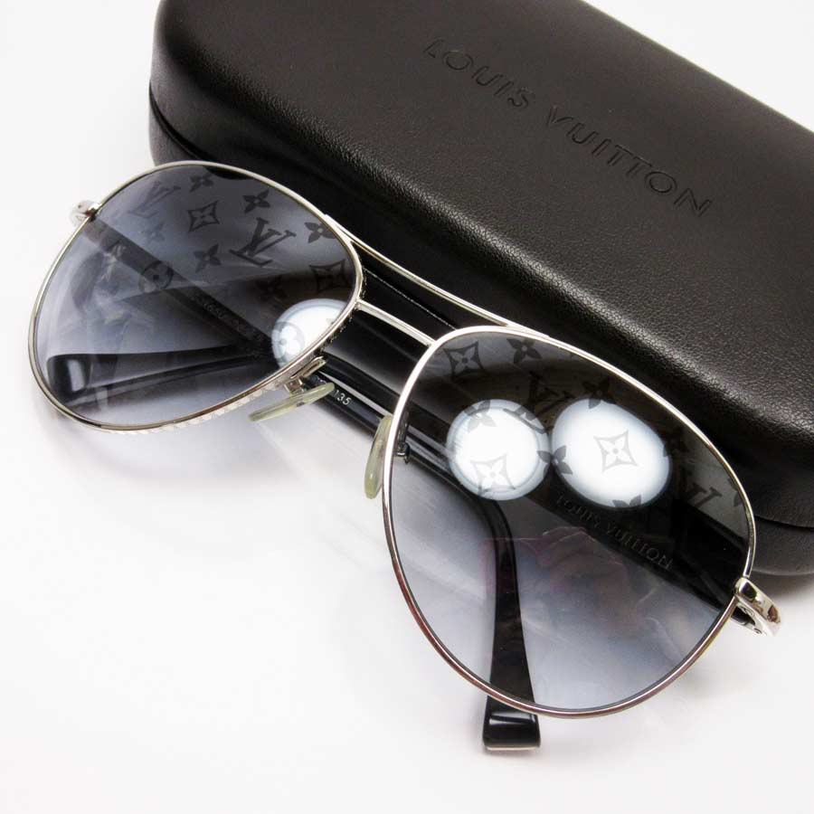 9aee783d43e7  basic popularity   used  a Louis Vuitton  Louis Vuitton  モノグラムコンスピラシオン  pilot sunglasses 58 □ 15 135 lady s men s frame  Silver x black lens  ...