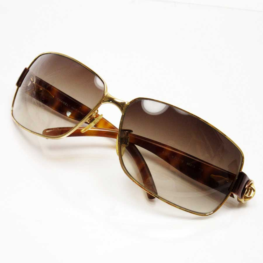 46c430447 BrandValue: Chanel CHANEL sunglasses (66 □ 13 115) here mark frame: A gold  side: A tortoiseshell lens: Brown metal material x plastic Lady's men -  h18887 ...
