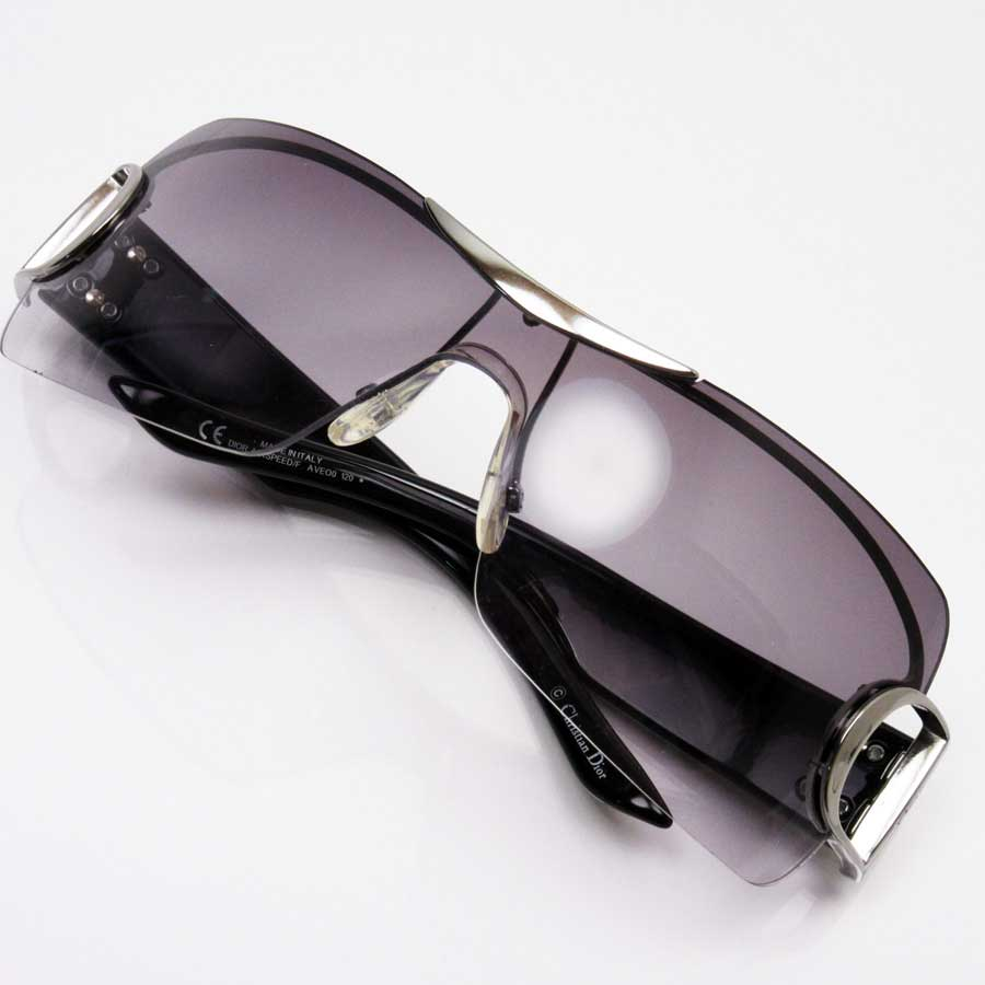 a38496089f1  basic popularity   used  a Christian Dior  Christian Dior  sunglasses  Lady s men lens  A gray temple  Silver x black plastic x metal material