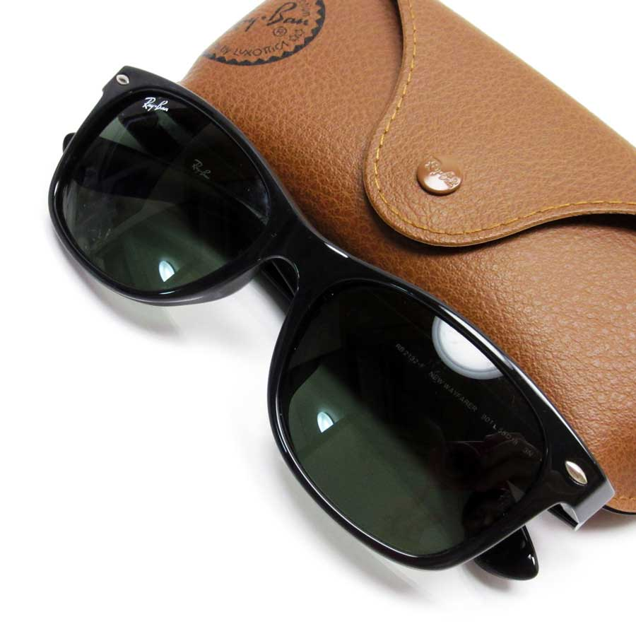 091579c0e1  basic popularity   used  a Ray-Ban  Ray-Ban  sunglasses Lady s men frame   A black lens  Plastic of Green line