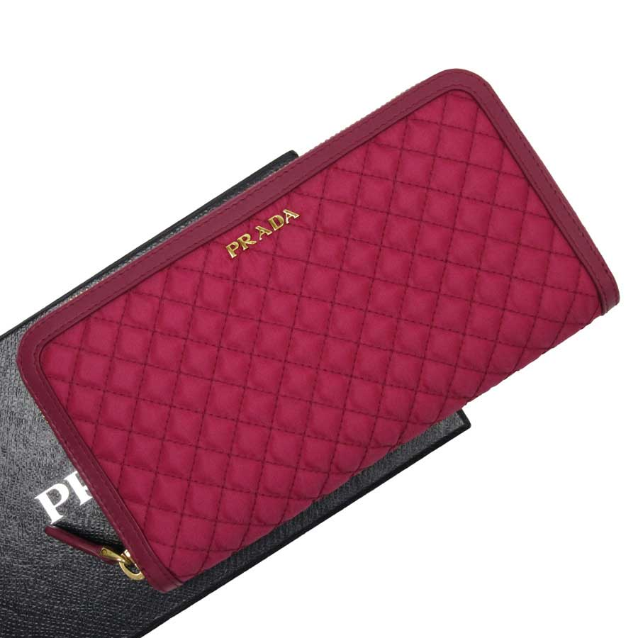 8a2fb707d5a  basic popularity   used  Prada  PRADA  round fastener long wallet Lady s  pink system x gold nylon x leather