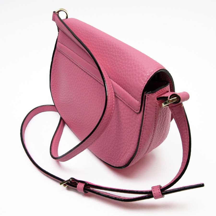 784a486f2fd8 ケイトスペードの斜め掛けショルダーバッグです。女性らしさが引き立つキュートなピンクカラー☆ガーリーな服装でのお出掛けの際はもちろん、ラフな格好にも合わせ  ...