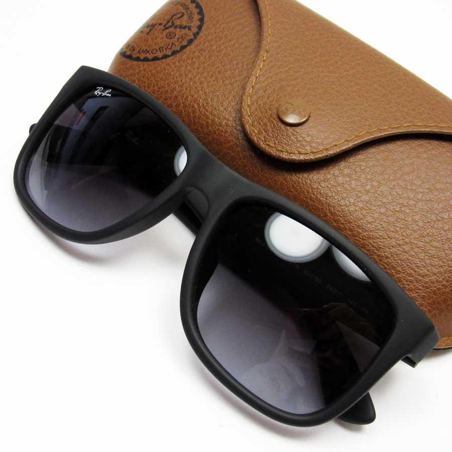 98663261a24aa8 BrandValue  Ray-Ban Ray-Ban sunglasses (54 □ 17 140) WAYFARER frame  A mat  black lens  Gray plastic   rubber Lady s men - h20670