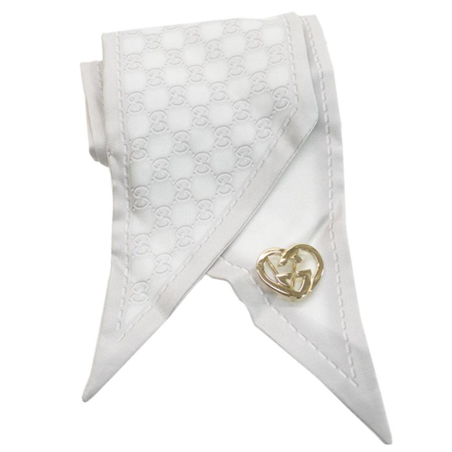 グッチ GUCCI スカーフ GG柄 グレーxホワイト シルク100% リボンスカーフ レディース 【中古】【定番人気】 - 51098