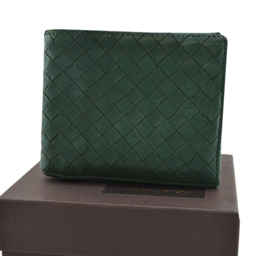 046db6b124 Leather  used  constant seller popularity of ボッテガヴェネタ  BOTTEGA VENETA   billfold folio イントレチャートメンズグリーン origin