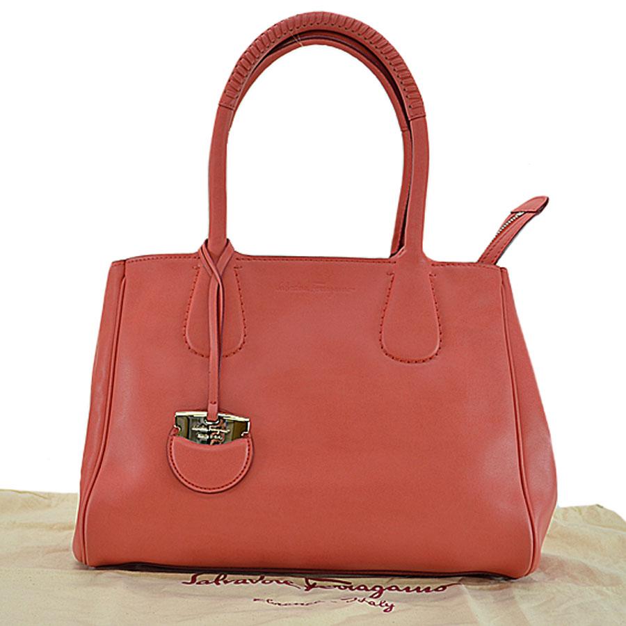 It Is Salvatore Ferragamo Handbag Shoulder Bag Lady S Pink Leather Soot Used