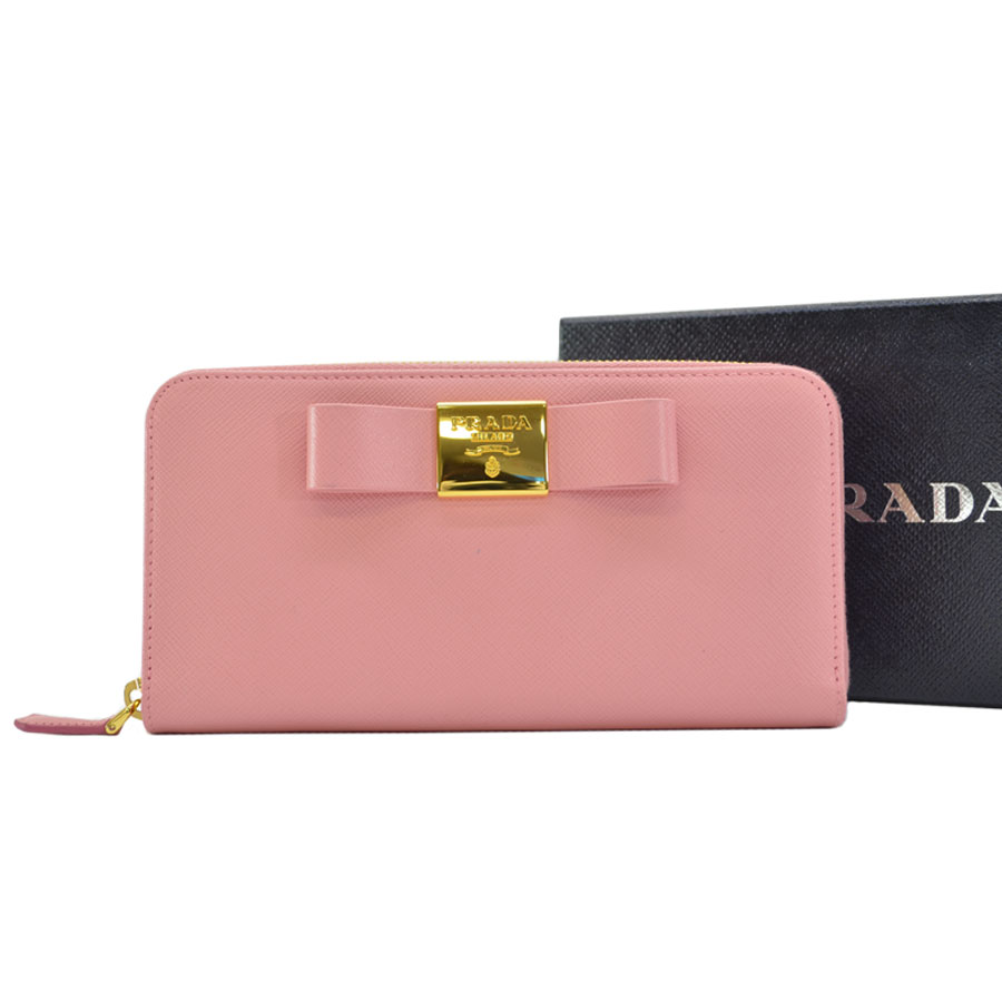 368a0a6a6c6  basic popularity   used  a Prada  PRADA  long wallet round fastener Lady s  pink x gold leather x metal material
