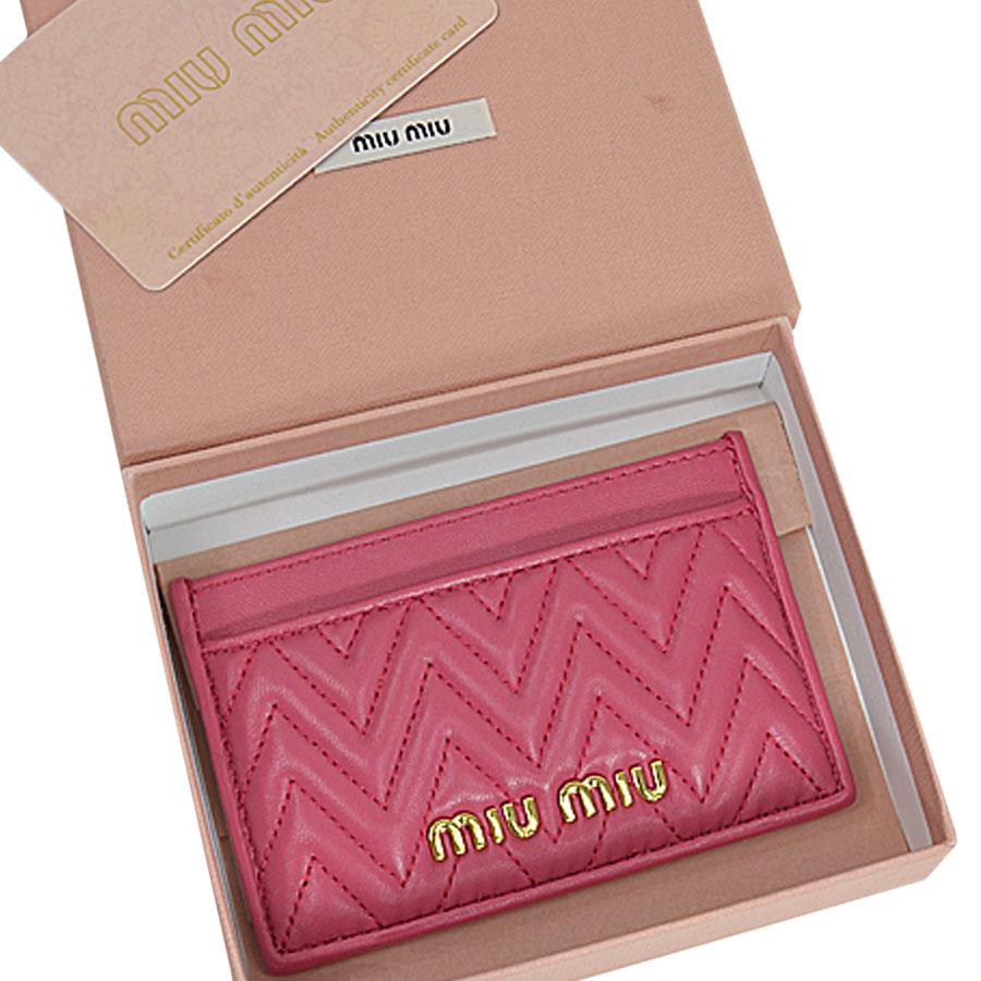 【美品】ミュウミュウ MIUMIU カードケース パスケース 名刺入れ ピンク レザー レディース 【中古】 - s0563