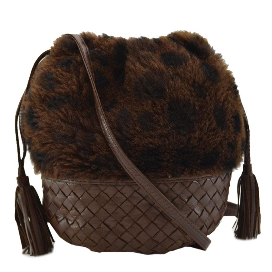 basic popularity   used  take ボッテガヴェネタ  BOTTEGA VENETA  イントレチャート slant   shoulder bag Lady s brown leather x fur 5fa48fcd73496