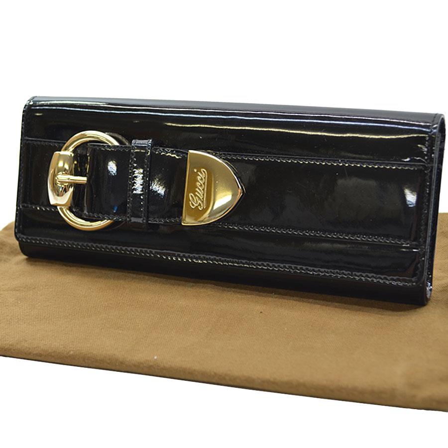 グッチ GUCCI クラッチバッグ ◆ブラックxゴールドカラー パテントレザーx金属素材◆定番人気【中古】 ◆レディース - s0007