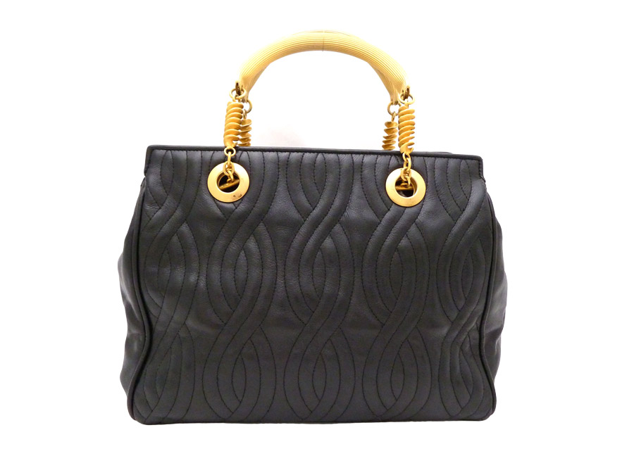 Fendi  FENDI  quilting quilting vintage Vintage bag handbag Lady s Black  Gold gold x black leather x metal material  used  constant seller popularity e781699ad1