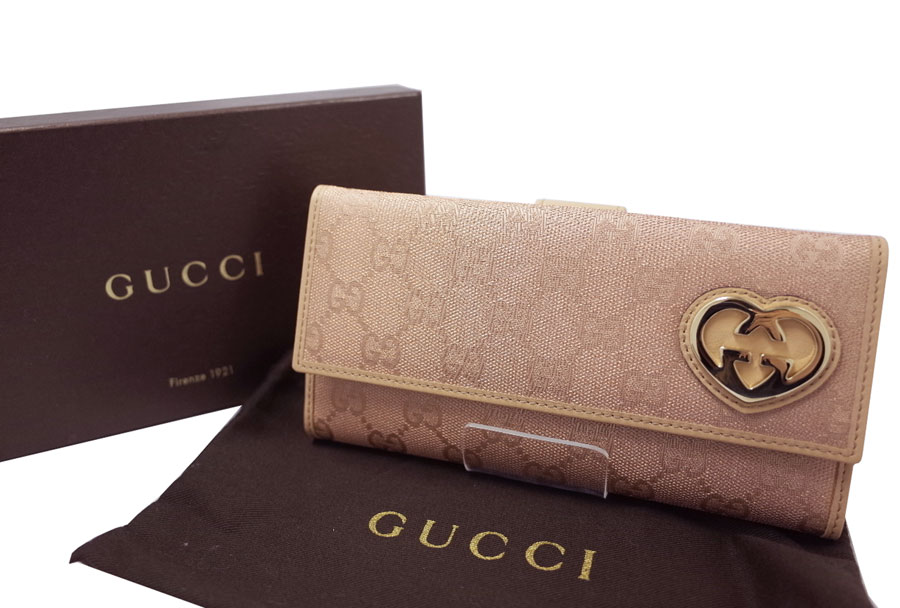 0222e29aefd ...  Gucci  GG canvas love Lee heart motif W hook long wallet wallet long  wallet folio long wallet Lady s pearl pink x beige x champagne gold metal  fittings ...