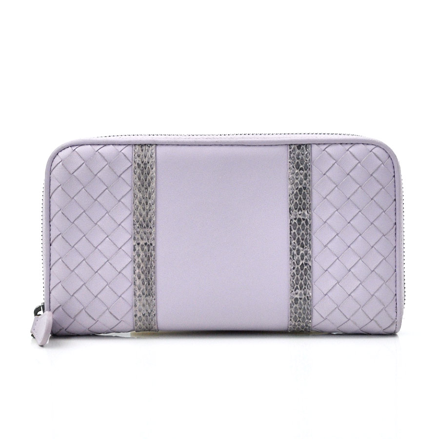 153e91f2e861 ボッテガヴェネタのラウンドファスナー長財布です。異なる風合いのレザーの組み合わせが高級感溢れるデザインの逸品です。ラウンドファスナー開閉で中身の出し入れが  ...