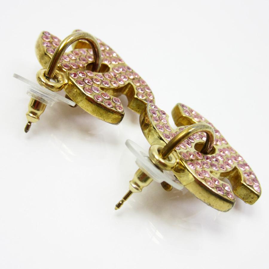 Chanel Pierced Earrings Here Mark Gold X Pink Metal Material Constant Er Pority Men N8113