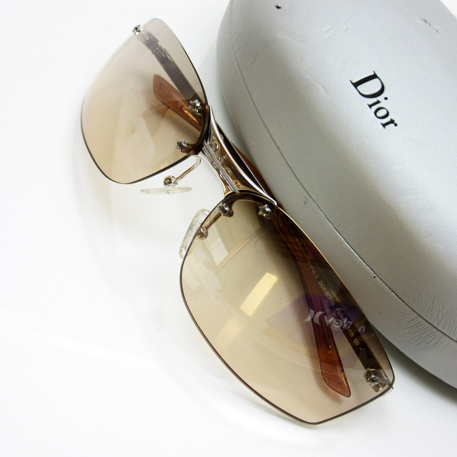976c1ac92b0  basic popularity   used  a Christian Dior  Christian Dior  sunglasses 65 □  15 120 lady s men s lens  Clear brown frame   temple  Silver x clear brown  SS