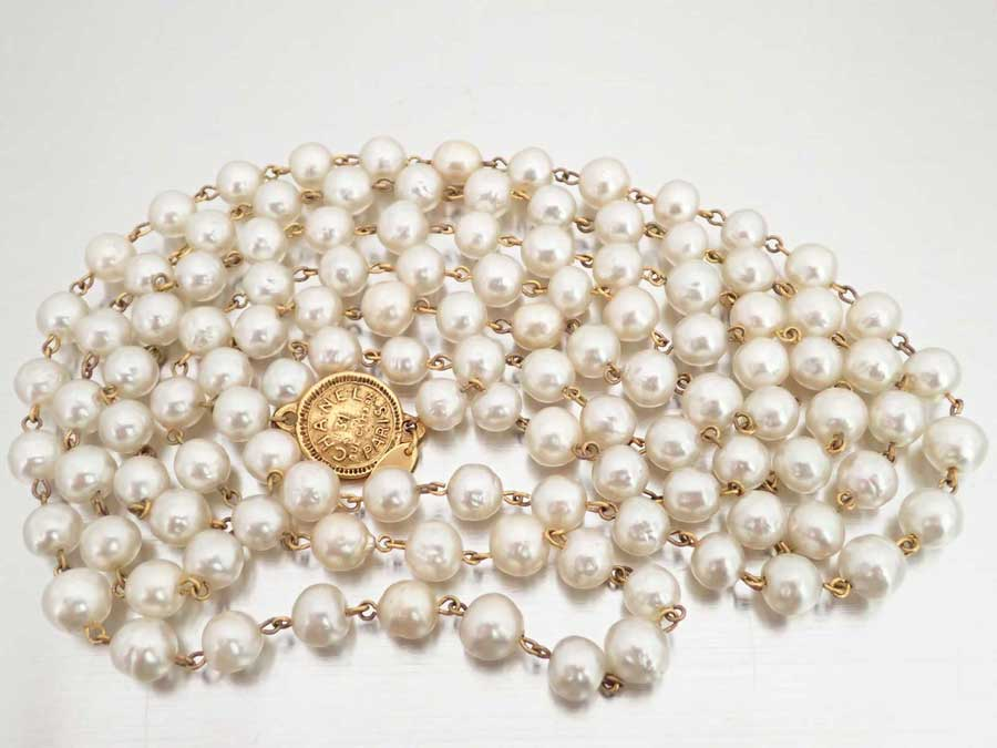 d57e338b4 BrandValue: Chanel CHANEL necklace white x gold metal fittings fake pearl x  metal material long necklace pearl necklace Lady's - e34779 | Rakuten  Global ...