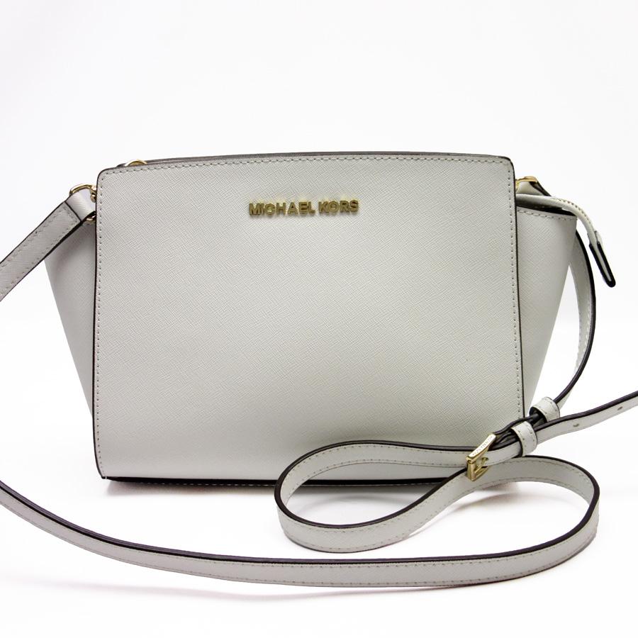 ba90a20af13 Take Michael Kors MICHAEL KORS slant; shoulder bag white x gold leather  Lady's -87,611
