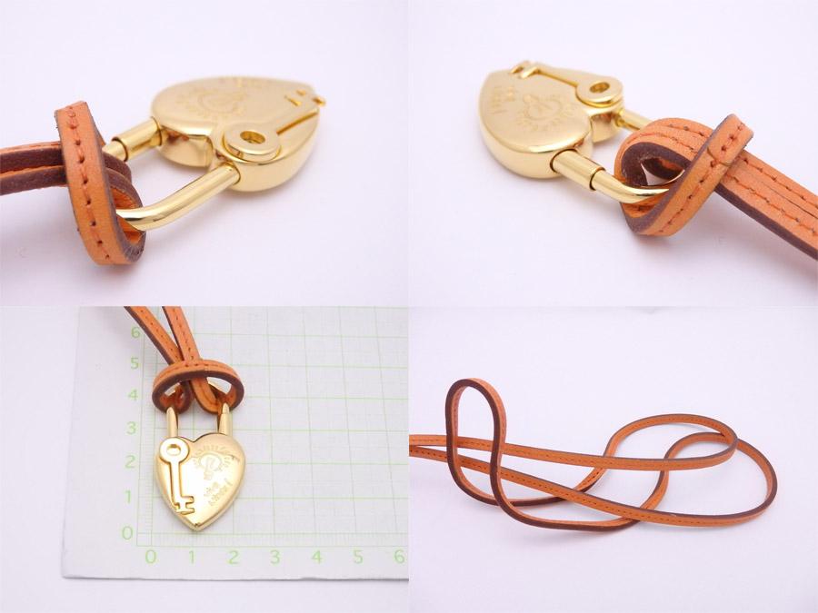 エルメス HERMES カデナ 2004 ANNEE DE LA FANTAISIE オレンジxゴールド金具 金属素材xレザー チャーム ネックレス メンズおすすめe34926nOZ8XNwP0k