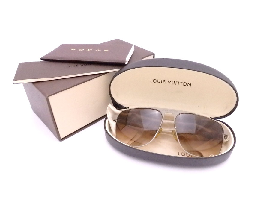 bd1b69ad6f6e  basic popularity   used  a Louis Vuitton  LOUIS VUITTON  logo sunglasses  logo sunglasses gradation glass Lady s men brown x beige plastic x metal  material