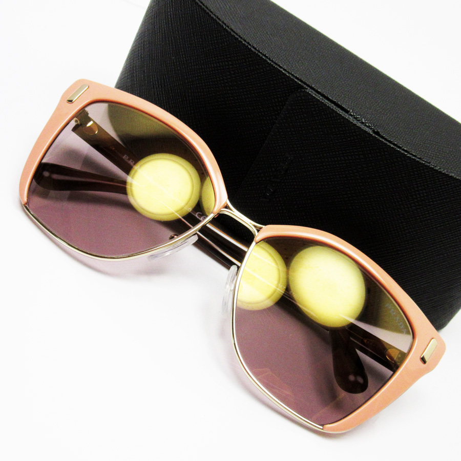 442fe96fec23  basic popularity   used  Prada  PRADA  sunglasses (57 □ 16 140) Lady s  frame  Pink   gold temple  A tortoiseshell lens  Clear pink SSx plastic