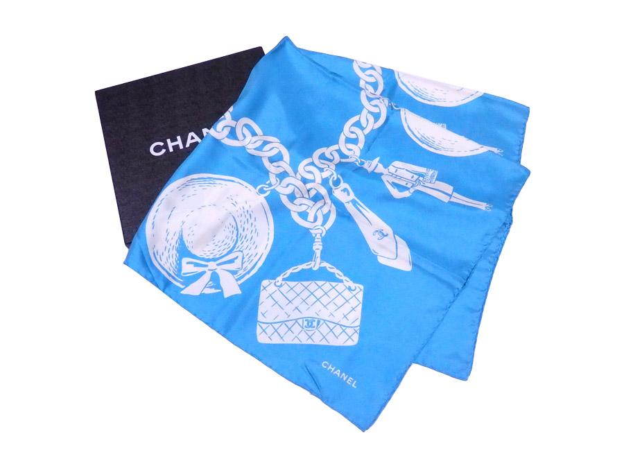 【美品】シャネル CHANEL スカーフ ロゴ ライトブルーxホワイト 100% シルク 大判スカーフ シルクスカーフ レディース 【中古】 - e36477