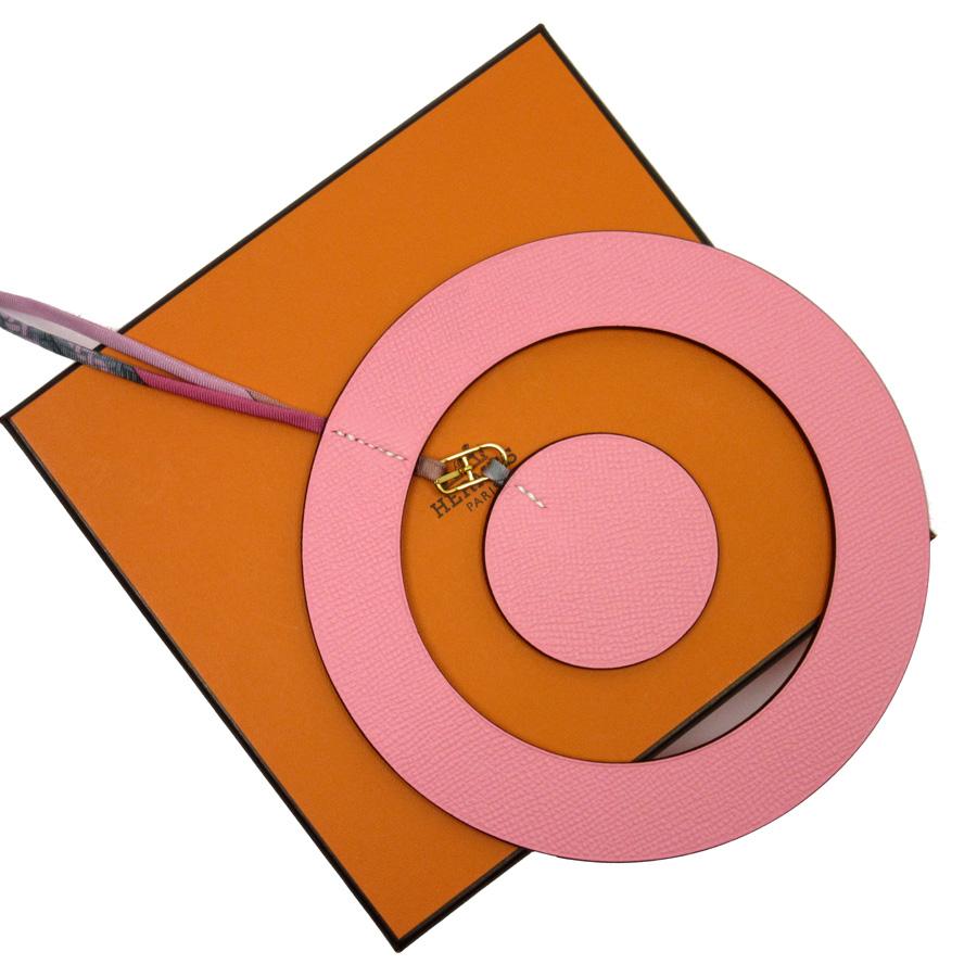 【美品】エルメス HERMES オーナメント ピンク レザーxシルク 値下げ商品【中古】 - h20603