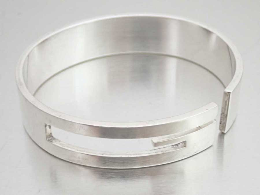 c5dd66099 BrandValue: Gucci Gucci bangle G logo silver SV925 bracelet wide breath  Lady's men - e38040 | Rakuten Global Market