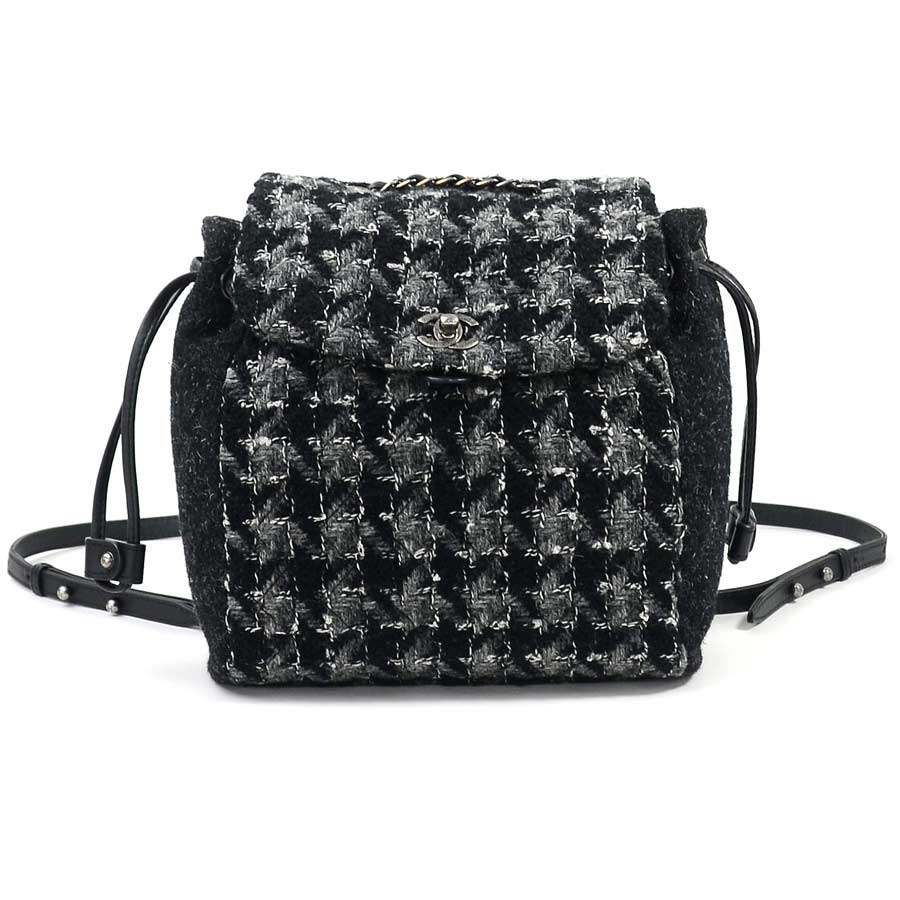 a3d4b0bdbe78 [basic popularity] [used] Chanel [CHANEL] here mark rucksack backpack  Lady's black x gray wool x leather