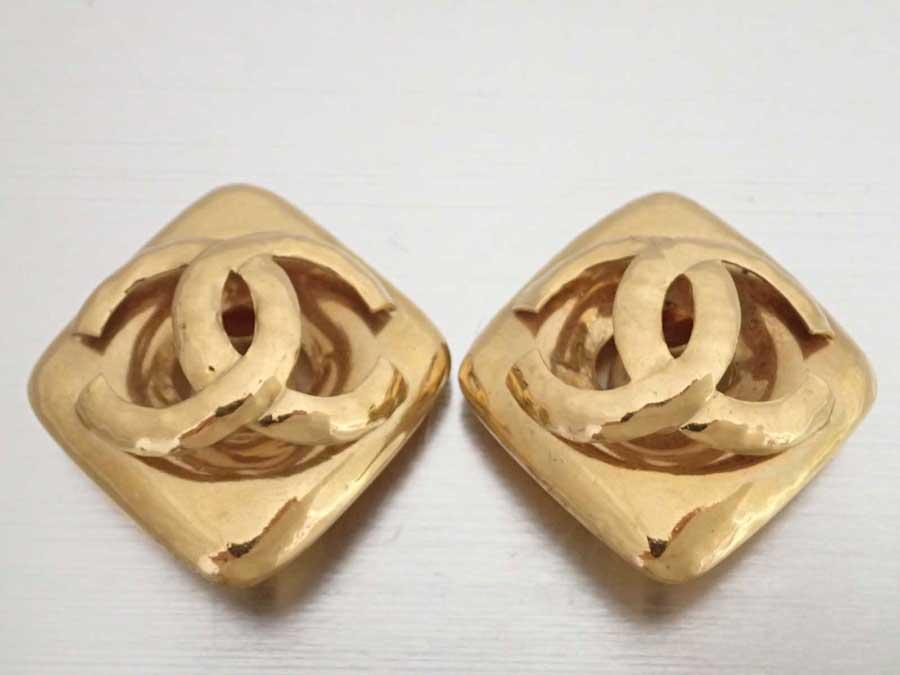 シャネル CHANEL イヤリング ココマーク ゴールド 金属素材 ロゴイヤリング ジャンボイヤリング レディース 【中古】【おすすめ】 - e41730