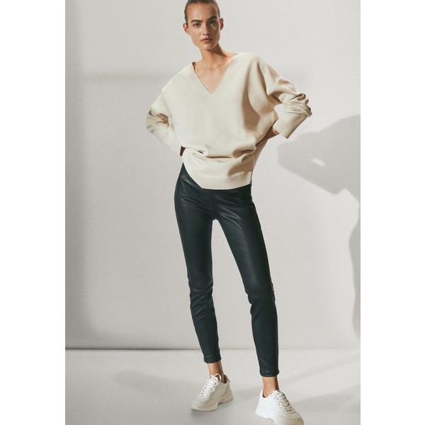 マッシモ ドゥッティ レディース ボトムス 今季も再入荷 レギンス black 全商品無料サイズ交換 高価値 axfl0193 Leggings Trousers BLACK - LEATHER