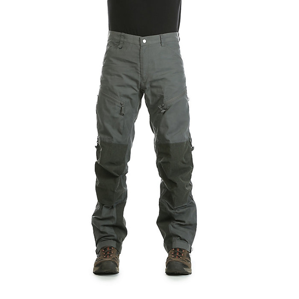 フェールラーベン メンズ ハイキング スポーツ Fjallraven Men's Bergtagen Trouser Basalt